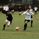 Tobias Vogel mit Fokus zum Ball